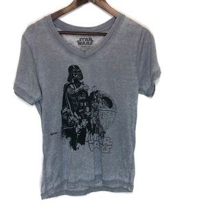 Star Wars women's tee Large great and black